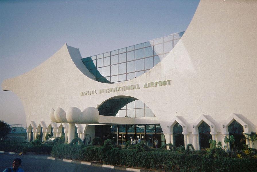 1280px-banjul-aeroport