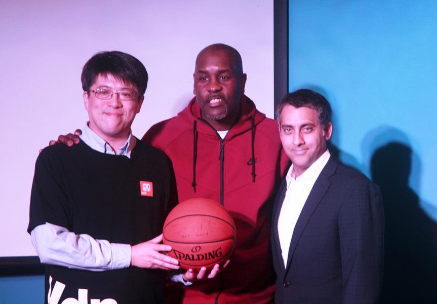 慶祝NBA台灣中文官網正式上線,NBA傳奇球星裴頓4日特地前來共襄盛舉。〈photo by 王承中/台灣醒報〉