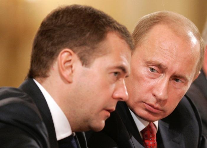 Medvedev_putin
