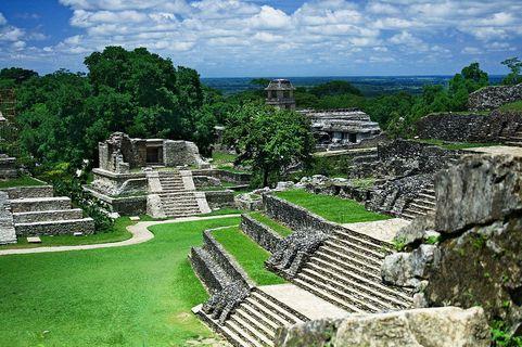 1200px-palenque_ruins_web