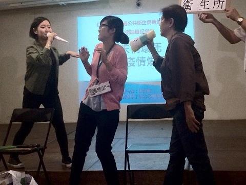 衛生所人員工作血汗,隨疫情延燒更是無限期加班。(photo by 黃捷/台灣醒報)
