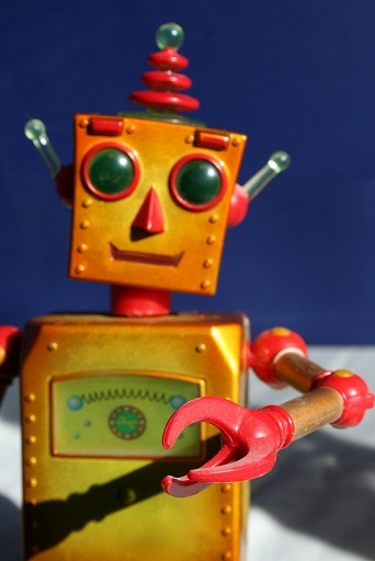 南洋理工大學機器人研究中心負責人陳博士表示,人文社會領域的機器人講求貼近人性,需要納入更多個案研究及長期分析。(photo by Robin Zebrowski on Flickr –used under Creative Commons license)