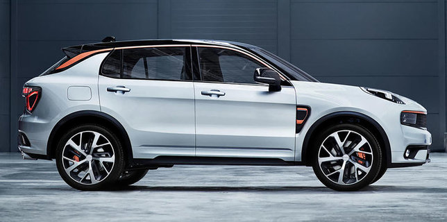 Lynk-and-co-01_11
