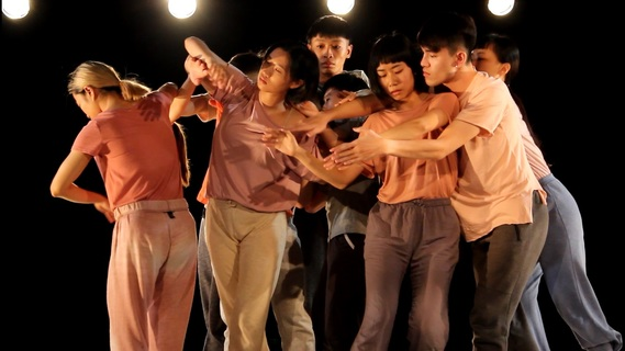 《BECOMING》有溫度 邀觀眾上台共舞
