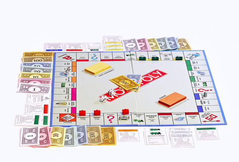 1200px-monopoly_board_on_white_bg
