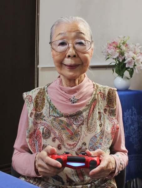 高齡90歲的森浜子保持活躍的秘訣是打電動。(photo by 網路截圖)