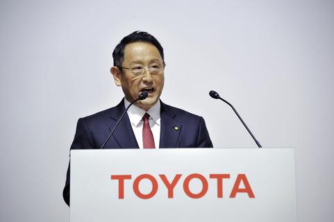 《汽車咖啡坊》全球大推電動車 豐田社長戳破汽球